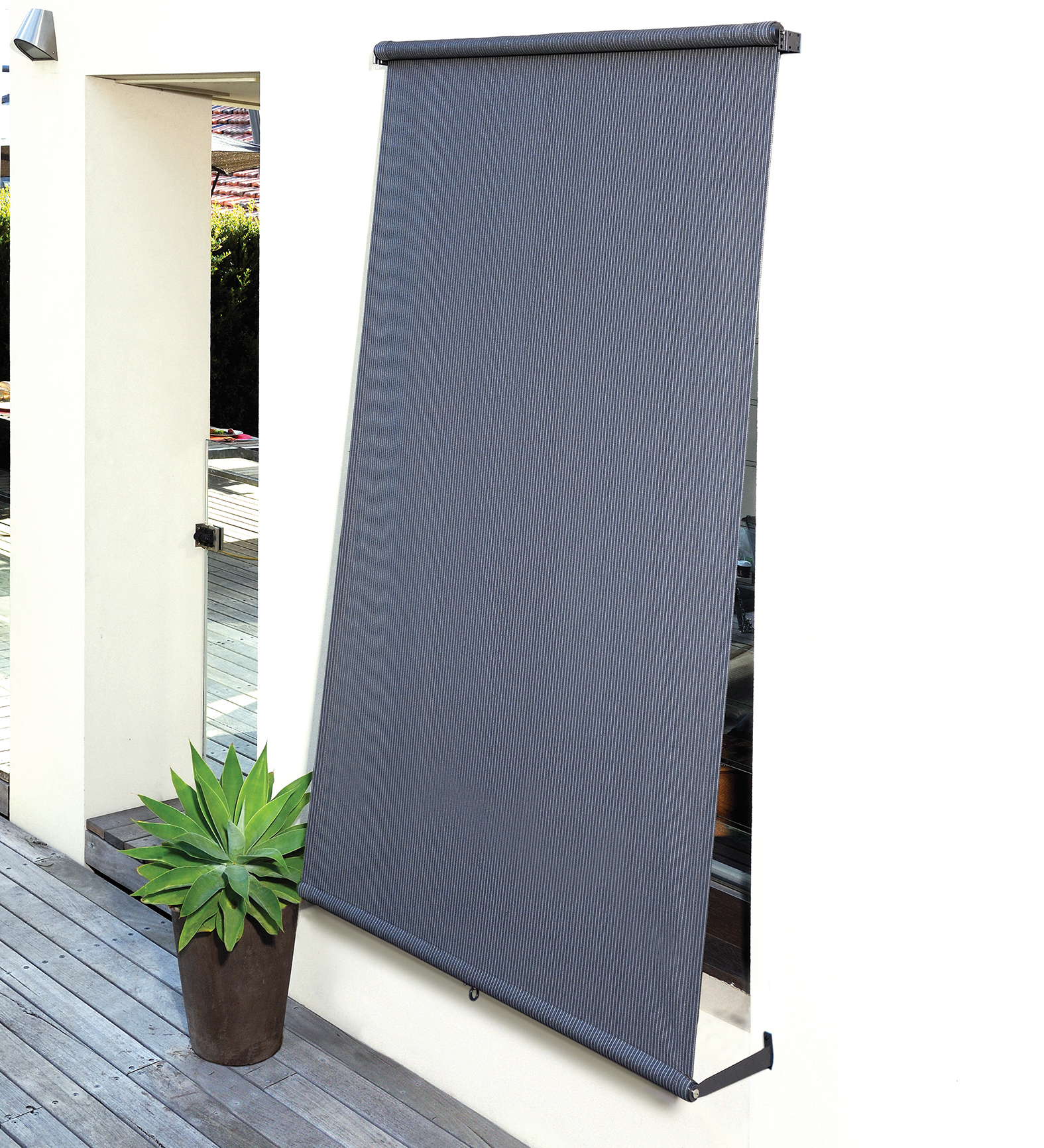 Exterior retractable blinds coolaroo - Coolaroo exterior retractable window shades ...